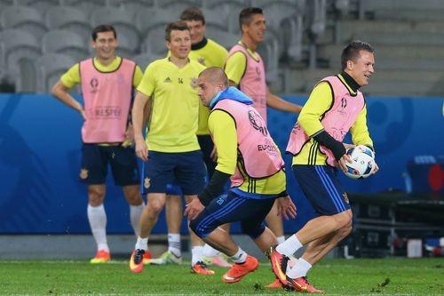 Команда Фоменко провела заключительное занятие перед матчем с Германией
