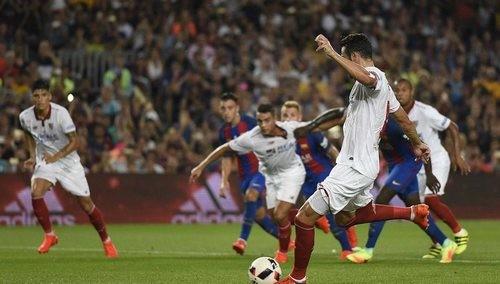 «Барселона» унизила «Севилью» изавоевала Суперкубок Испании