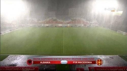 Матч Албания— Македония, прерванный из-за непогоды, будет доигран 6сентября