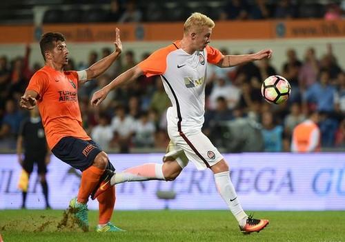 Коваленко назвали лучшим молодым футболистом августа