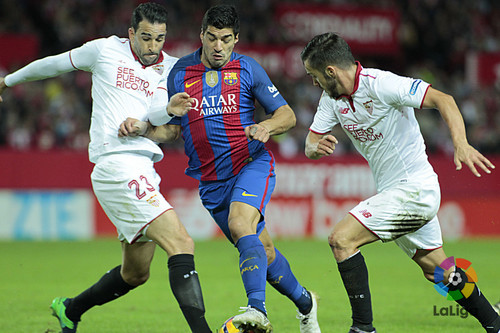 «Барселона» сыграет сегодня с«Севильей» вматче 30-го тура Примеры