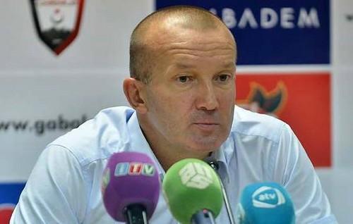 Украинский тренер Григорчук останется еще нагод в«Габале»