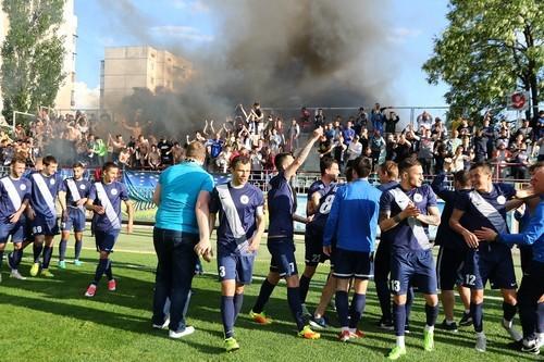 Черниговская «Десна» продолжит борьбу заправо играть в«Премьер-лиге»