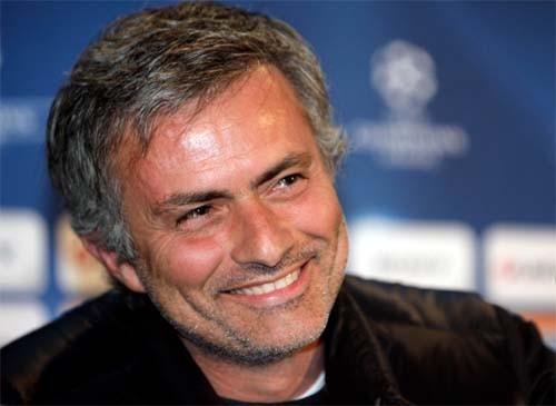 Моуриньо: «Погба вполне может стать феноменальным основным защитником»