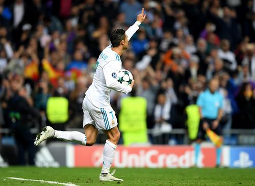«Реал» и«Тоттенхэм» сыграли вничью вматче Лиги чемпионов
