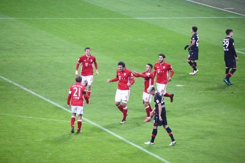 Германия, 12-й тур. Бавария— Байер 2:1. Экс-динамовцы несдюжили