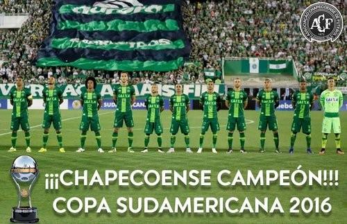 Попавший вавиакатастрофу «Шапекоэнсе» стал победителем Южноамериканского кубка