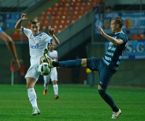 «Днепр» и«Олимпик» сыграли вничью вматче Премьер-лиги