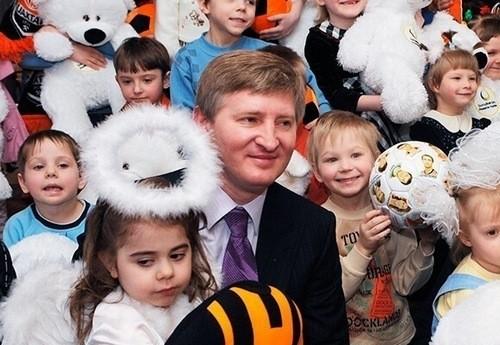 Акция «Ринат Ахметов – детям!»: 17 лет доброй традиции