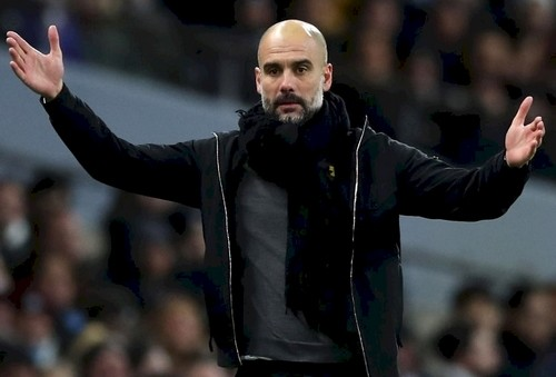 Гари Невилл прокомментировал отсутствие седьмого игрока наскамейке запасных «Манчестер Сити»