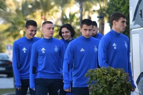 «Динамо» проиграло венгерской «дочке», пропустив два раза напоследней минуте