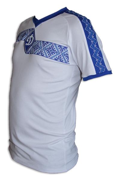 А футбольная вышиванку Динамо Киев вместо тренировочной для киевлян может кто-то сделать.  Был бы очень признателен.