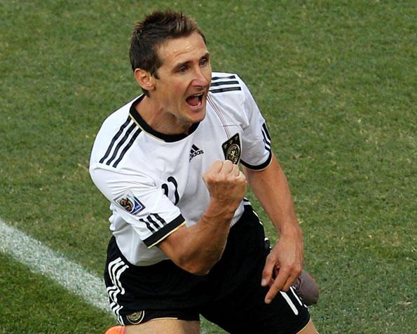 забил последний гол на евро 2012: