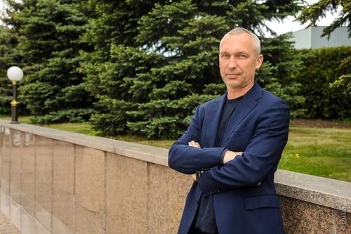Известный футболист и футбольный функционер прокомментировал события вокруг сборной Украины